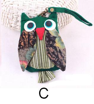 green-owl-purse