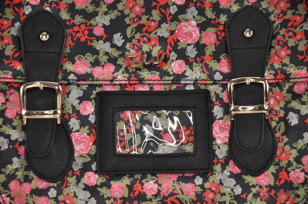 BLACK-FLOWER-SATCHEL-CAMBRIDGE7