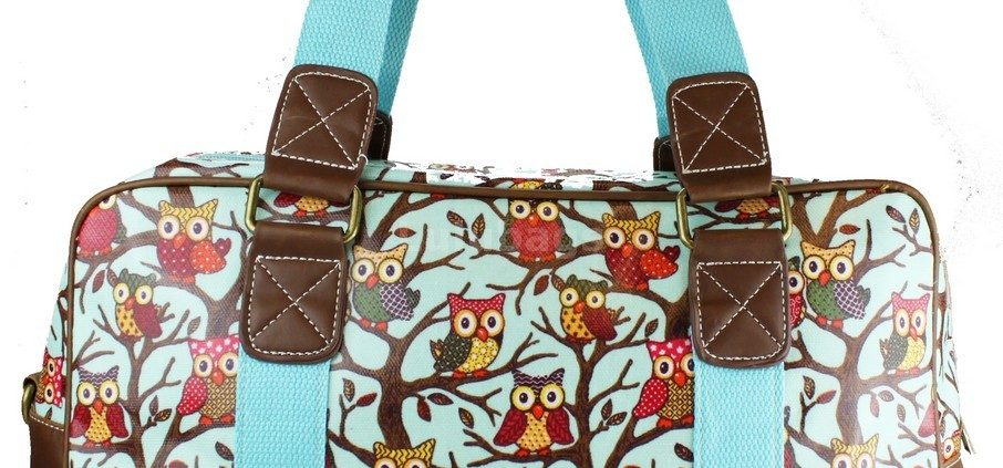 blue-owl-print-travel-handbags