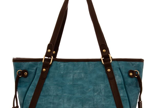 TURQUOISE -oversized-detail-handbags