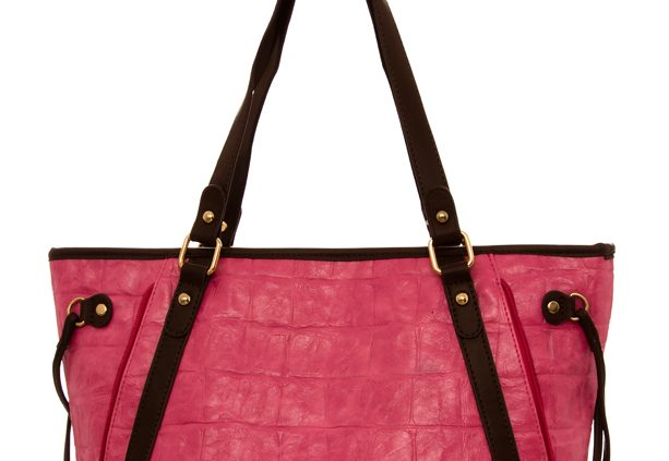 pink-oversized-detail-handbags-ladies