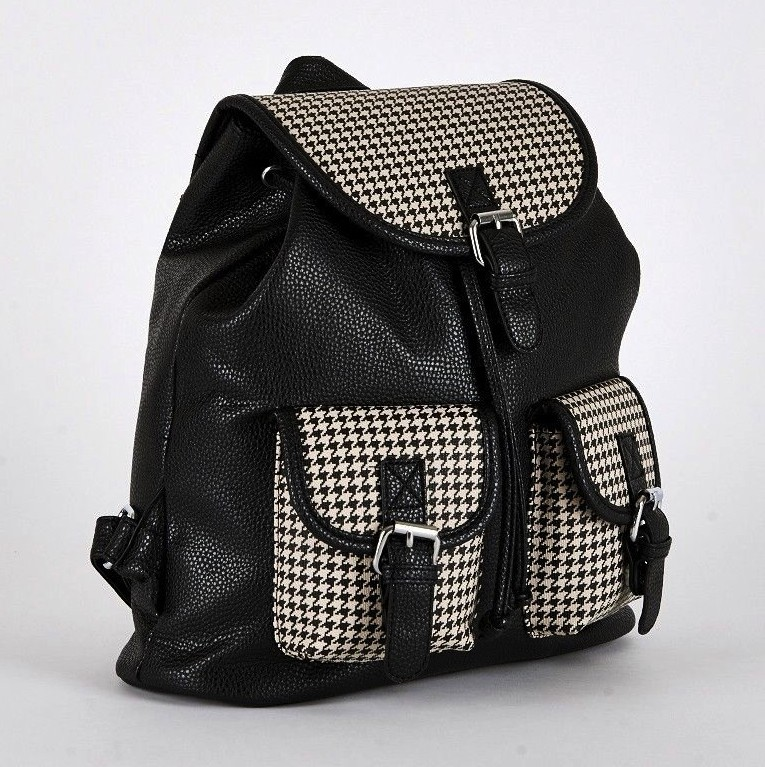 black-dogtooth2