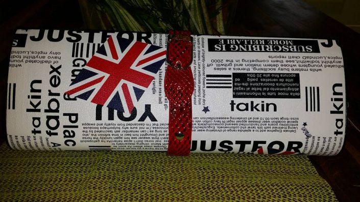 newspaper-print-bags-clutch
