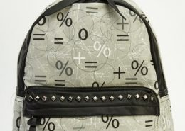printed-contrast-backpack-grey-multi